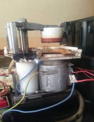 Разбор основного узла и замена сальников поршня кофемашины Krups